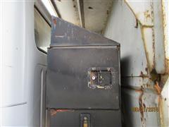 items/8df82dd04a1ee41180be00155de252ff/1985international1954truck