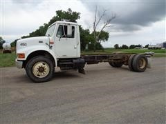 1999 International 4900 4X2 S/A Truck Chassis