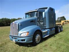 2012 Kenworth T600 T/A Truck Tractor W/Sleeper