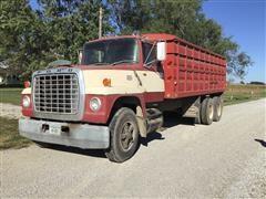 1972 Ford 8000 Grain Truck