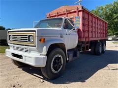 1980 Chevrolet C6500 T/A Grain Truck