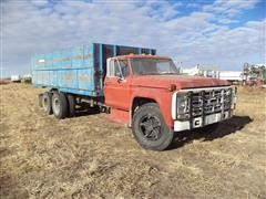 1976 Ford F-700 Grain Truck