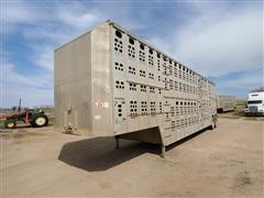 1989 Chamberlain JPSDCL-202 T/A Livestock Trailer