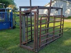 Pearson G-22 Cattle Chute