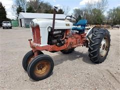 Ford 960 2WD Tractor