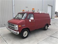 1987 Chevrolet G10 2WD Van
