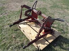Farmall 300 M Tractor 3-PT Assembly