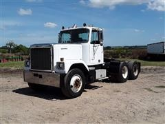 1985 GMC General T/A Truck Tractor