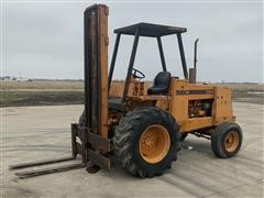 Case 586C Rough Terrain Forklift