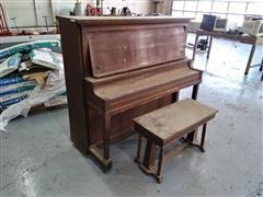Packard Piano