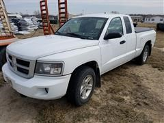 2011 Dodge Dakota Extended Cab 4X4 Pickup