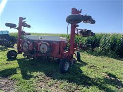 """Case IH 900 12R30"""" Planter"""