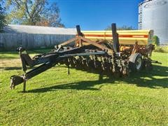 Krause 5213 Drill W/Yetter 6600 No-Till Coulter Cart