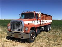 1973 Ford LT8000 T/A Grain Truck