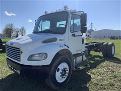 2005 Freightliner M2-106 Cab & Chassis Truck