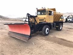 1974 Oshkosh Snow Plow Truck W/Sander Box