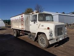 1978 Ford LN700 Creep Feed Truck