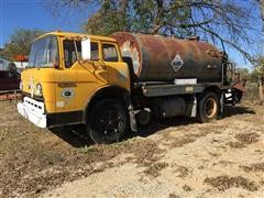 1973 Ford 2300 Hot Oil Tank Truck