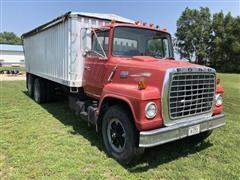 1979 Ford LN7000 T/A Grain Truck