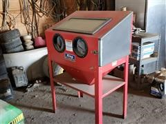 King 4006-0 Large Abrasive Cabinet Sand Blaster