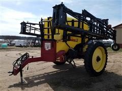 2008 Demco 1250 Pull-Type Sprayer