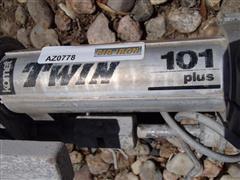 MX715 560.JPG
