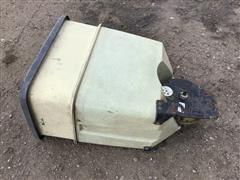 items/9485a0233587ea1199e500155d42358c/kinze210012r36stackfoldplanter-50.jpg