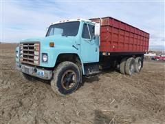 1979 International 1700 T/A Grain Truck