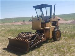 Caterpillar CP323 Vibratory Soil Compactor