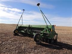 John Deere 520 Double Disk Soybean/Grain Drill