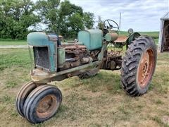 1952 Oliver 88 2WD Tractor