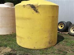 2100-Gallon Poly Storage Tank