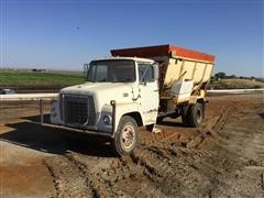 1974 Ford Feed Truck