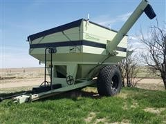 Orthman 608 Grain Cart