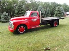1954 GMC 300 S/A Flatbed Truck W/Hoist