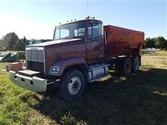 1986 Freightliner FLC112 T/A Feed Truck