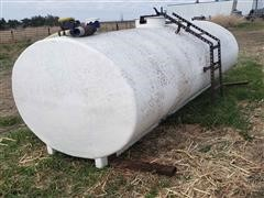 Fiberglass 1800 Gallon Water Tank
