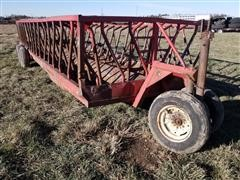 Apache Portable T/A Hay Feeder (For Parts)