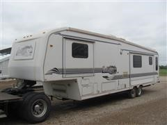 1998 Carriage Lite Series Travel Trailer