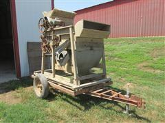 Clipper 27 Fanning Mill On Running Gear