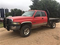 2002 Dodge 3500 4x4 Extended Cab Flatbed Pickup