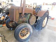 1933 John Deere D 2WD Tractor