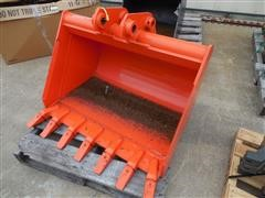 Kubota BT2916 Backhoe Bucket