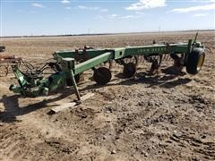 John Deere A2600 5 Bottom Plow