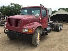 1999 International 4900 T/A Cab & Chassis