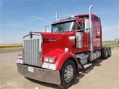 2005 Kenworth W900B Aerocab T/A Truck Tractor