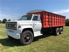1982 Chevrolet C6500 T/A Grain Truck