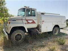 1988 Ford L8000 4WD Fuel Tanker Truck
