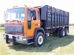 1995 Volvo FE T/A Grain Truck