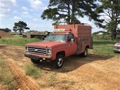 Chevrolet Scottsdale 30 4x4 Rescue Truck